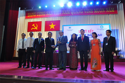 Signing Ceremony with Ho Chi Minh city University of Economics (UEH)